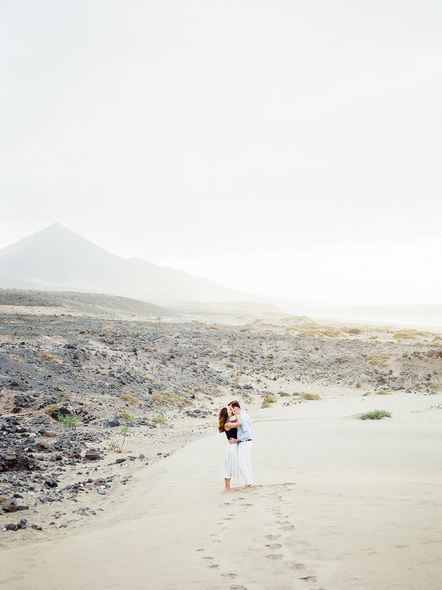 Fuerteventura-Beach-Engagement-Tanja Kibogo_ (4).JPG