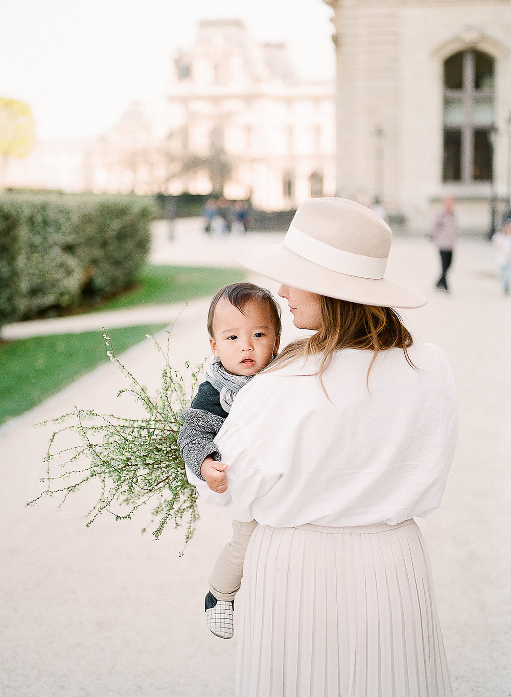Family photography session in Paris | destination wedding photographer Tanja Kibogo11.JPG
