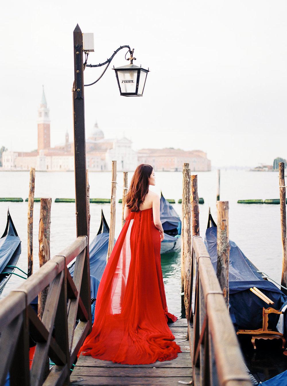Destination pre-wedding session in Venice Italy | Tanja Kibogo photography11.JPG