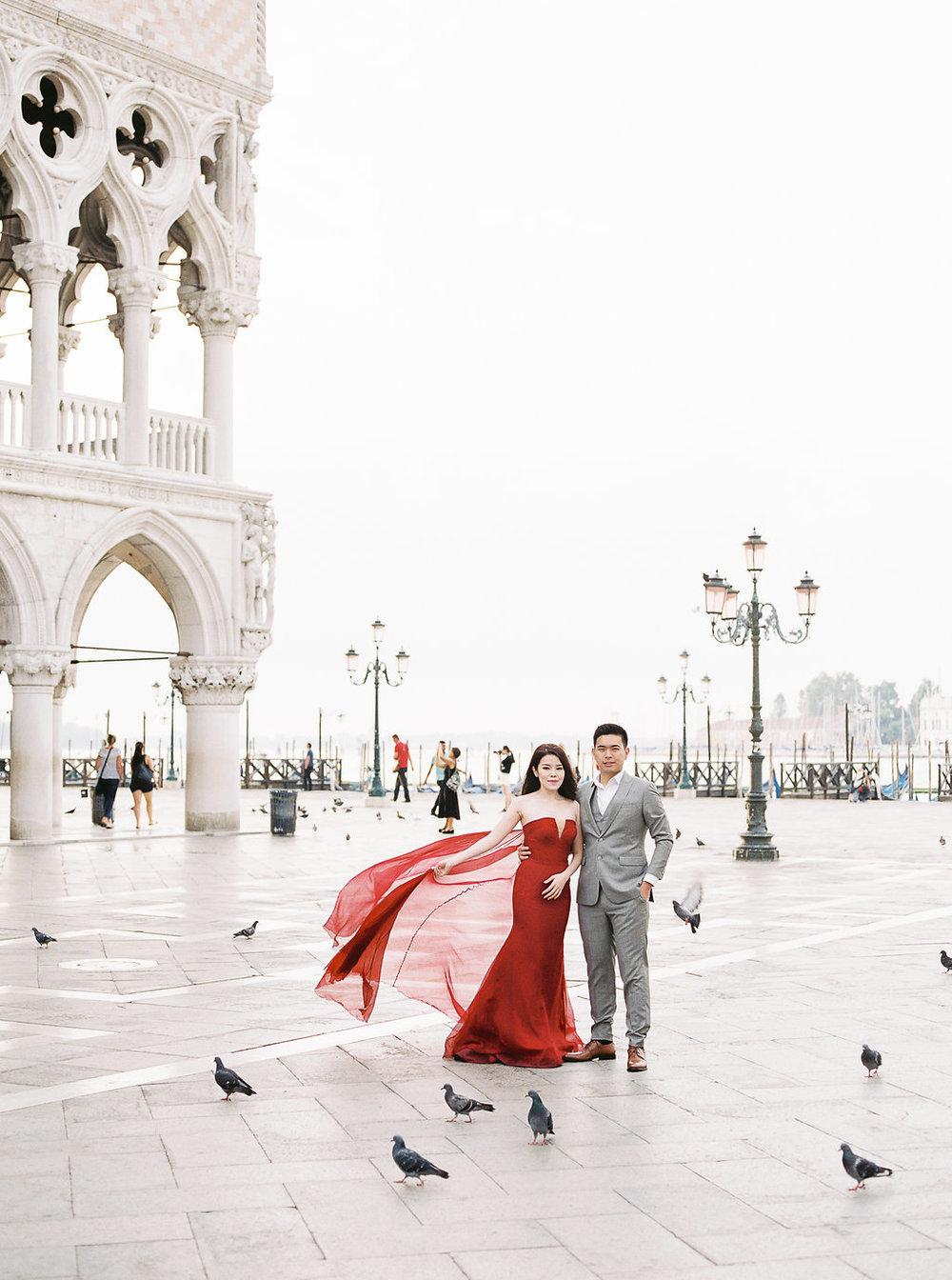 Destination pre-wedding session in Venice Italy | Tanja Kibogo photography14.JPG