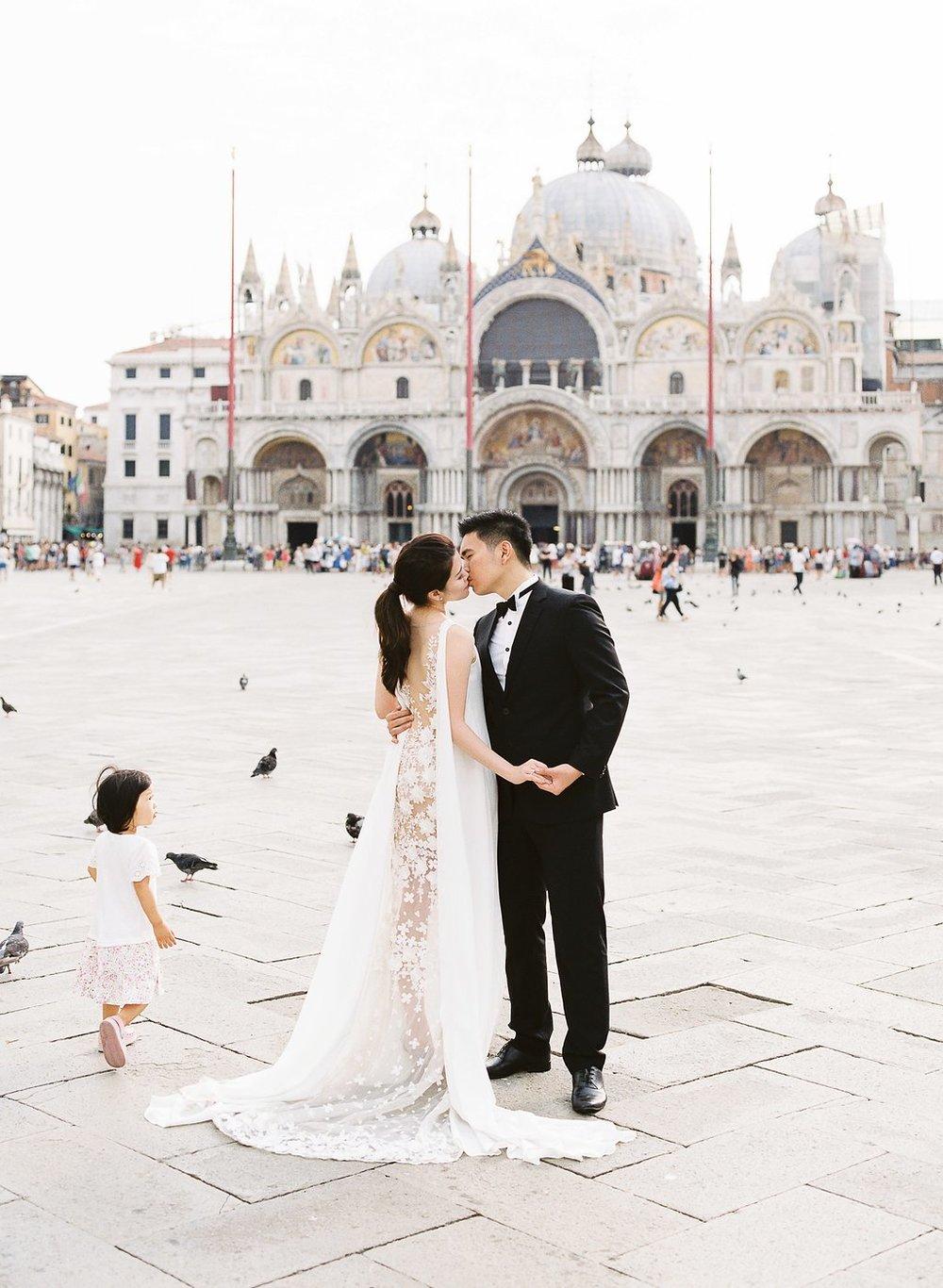 Destination pre-wedding session in Venice Italy | Tanja Kibogo photography film4.jpg