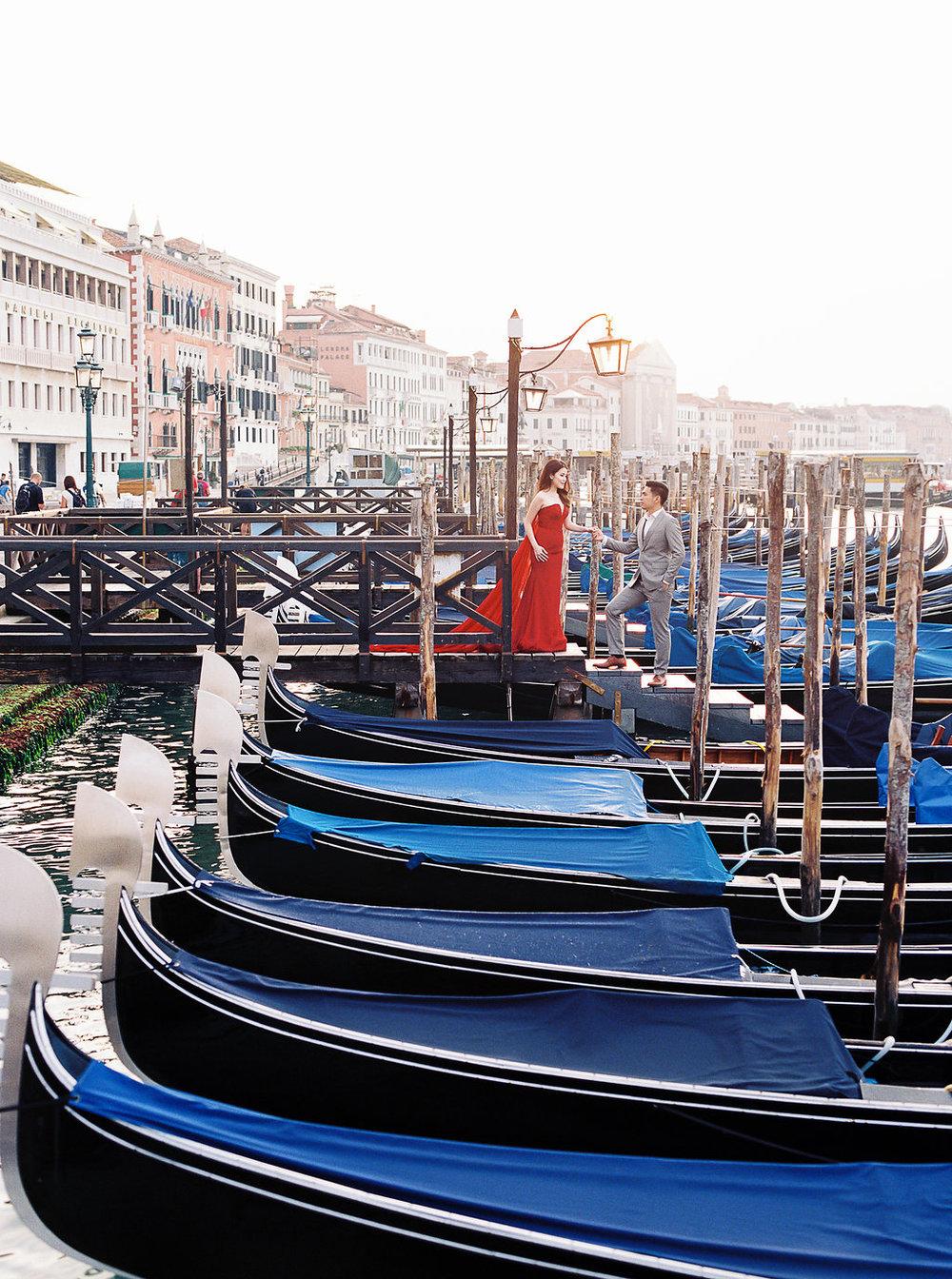 Destination pre-wedding session in Venice Italy | Tanja Kibogo photography film3.JPG