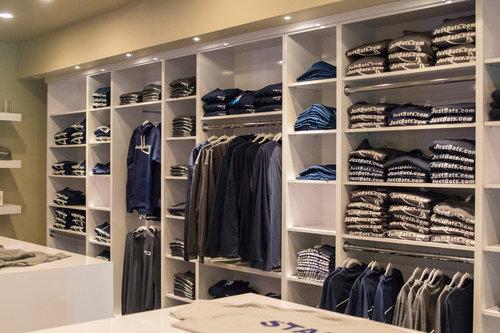 Pro Shop -