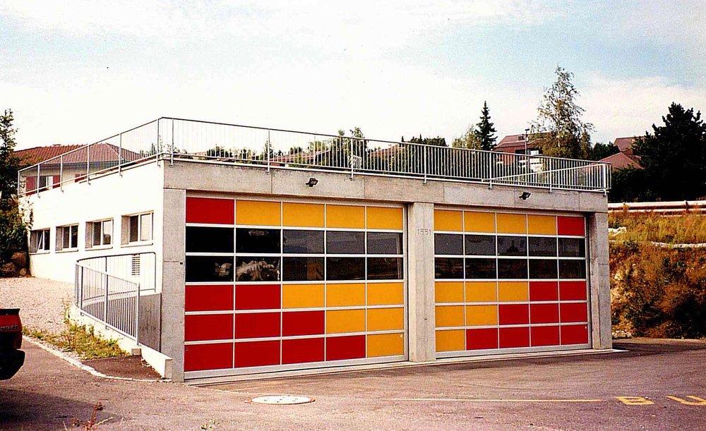 Halle II_Mrz 1992 2.jpg