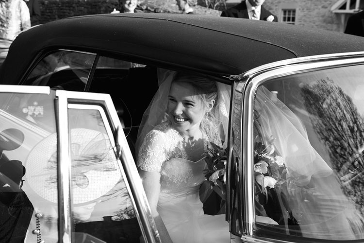 LUCY & CHARLIE // WILTSHIRE WEDDING