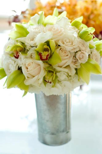 Malloy Events | New England wedding planner | Nantucket Golf Club wedding | bridal bouquet