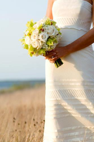 Malloy Weddings | New England wedding planner | Nantucket Golf Club wedding | Bridal bouquet