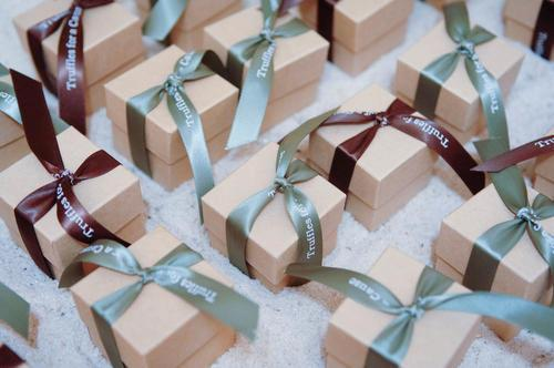 Malloy Weddings | New England wedding planner | Nantucket Golf Club wedding | Wedding favors