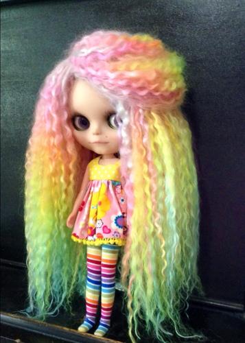 Blythe doll reroot