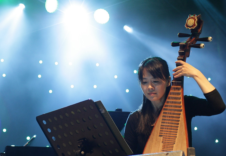 Laila Biali and Idang Rasjidi Syndicate shine at Borneo Jazz Festival - Jazzwise Magazine - JUNE , 19 , 2017