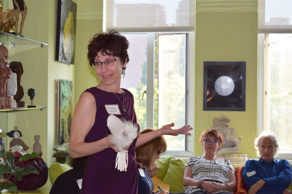 MEET Pamela Cuchinel -