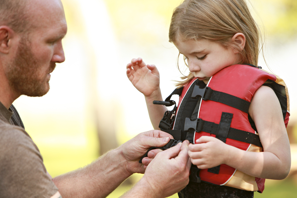 Lifejacket Safety | R&R Insurance Group