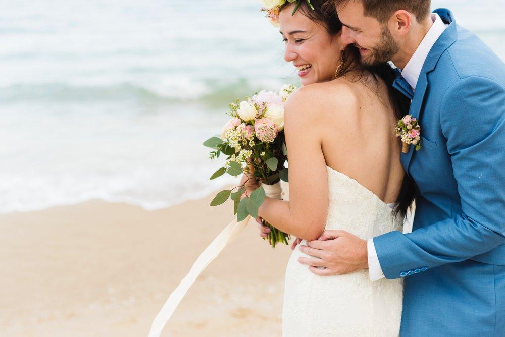 affection-beach-beautiful-1464816.jpg