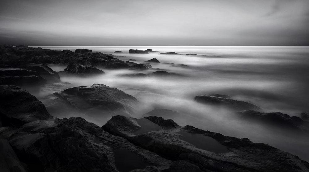 Long exposure black and white photo tours