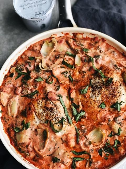 one pan spinach artichoke chicken in a creamy tomato sauce (gluten free, nut free).