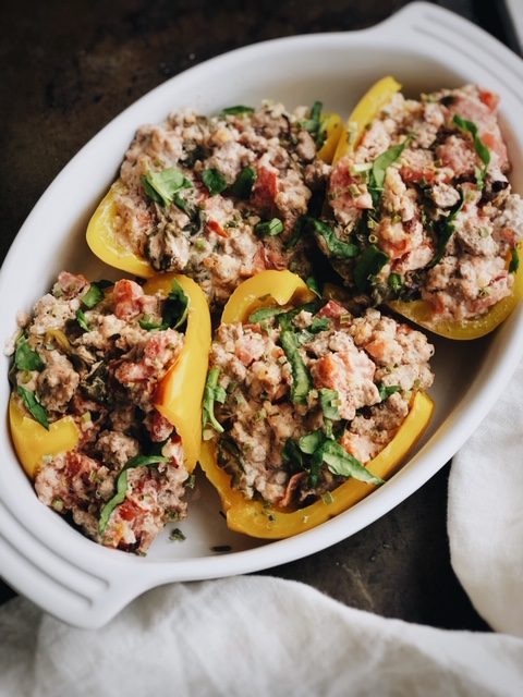 super simple grain free stuffed peppers (dairy free option).