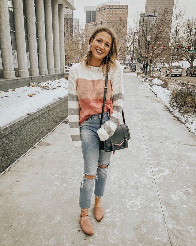 ❤️ happy valentine's day! ❤️ feelin' the love in the softest striped sweater + sweetest little heart-shaped earrings! 💕 http://liketk.it/2zVbl #liketkit @liketoknow.it