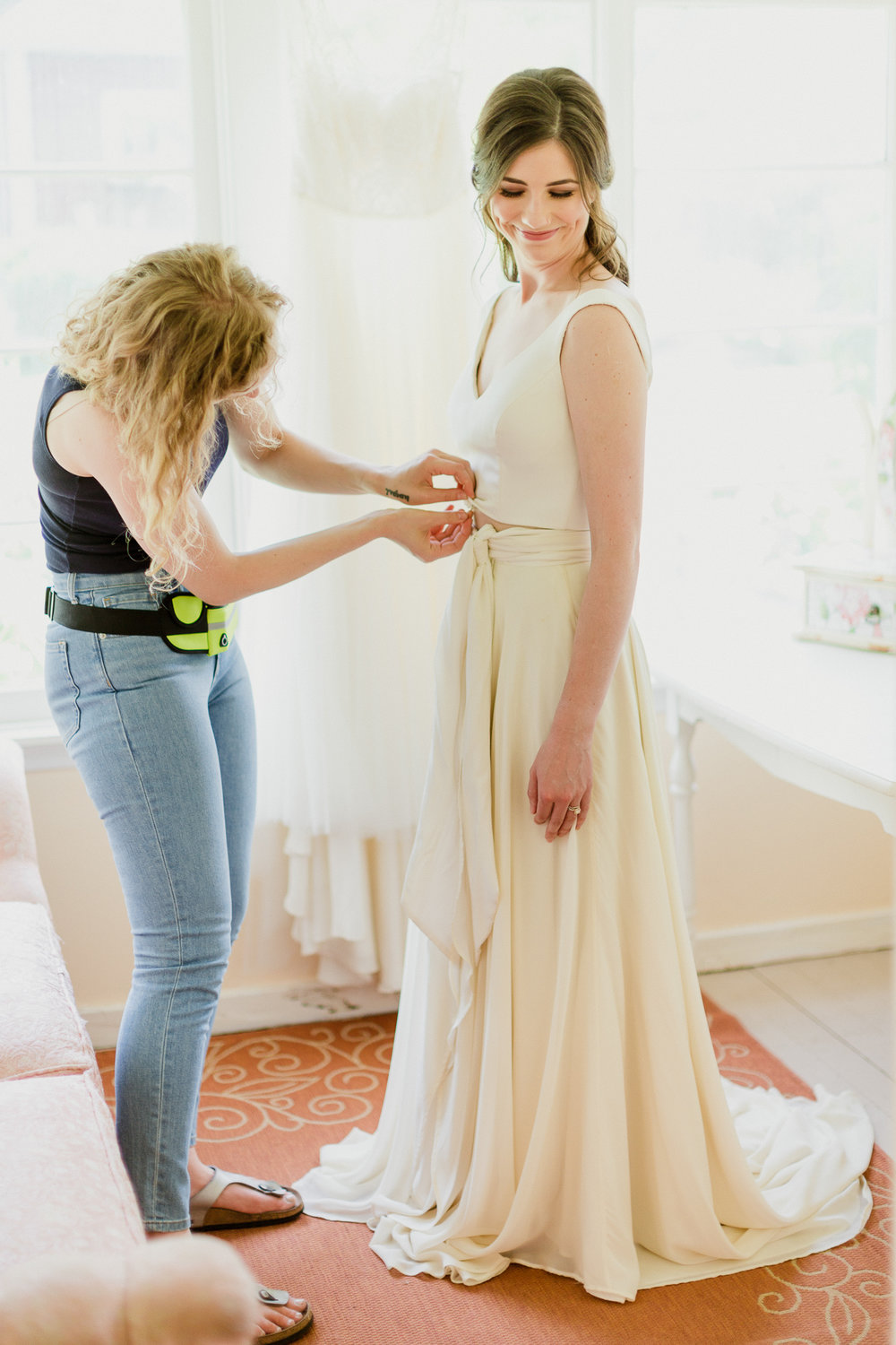 QueerWeddingStyledShootbyAlyssaLundPhotography-66.jpg