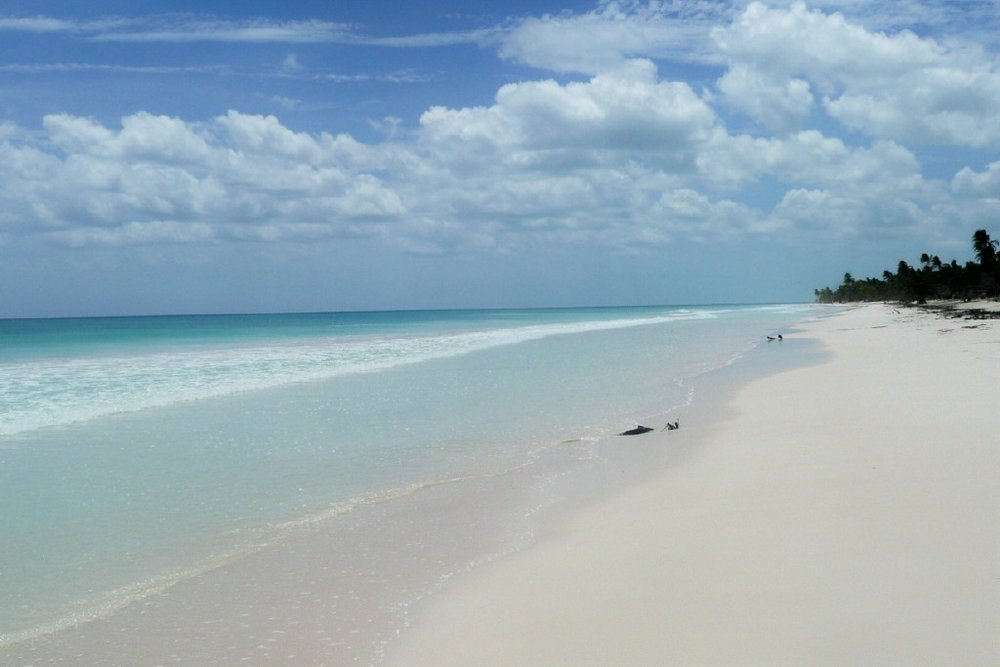 Virgin beach at Pelicanos.jpg