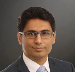 Mr Murtuza Sikander - Consultant Neurosurgeon and Spinal SurgeonMBBS FRCS FRCS (SN)Minimally invasive spinal surgeryMinimally invasive spinal fusion TLIF / XLIFSpinal tumoursFacet injections and Rhizolysis for pain