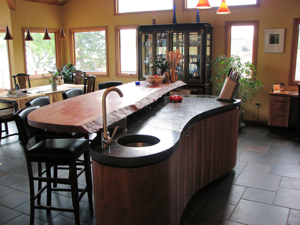 Custom countertops    View custom kitchens