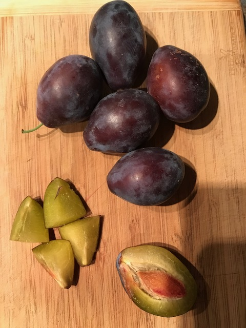 Any variety of plums will work in this recipe. You could even substitute nectarines or peaches.