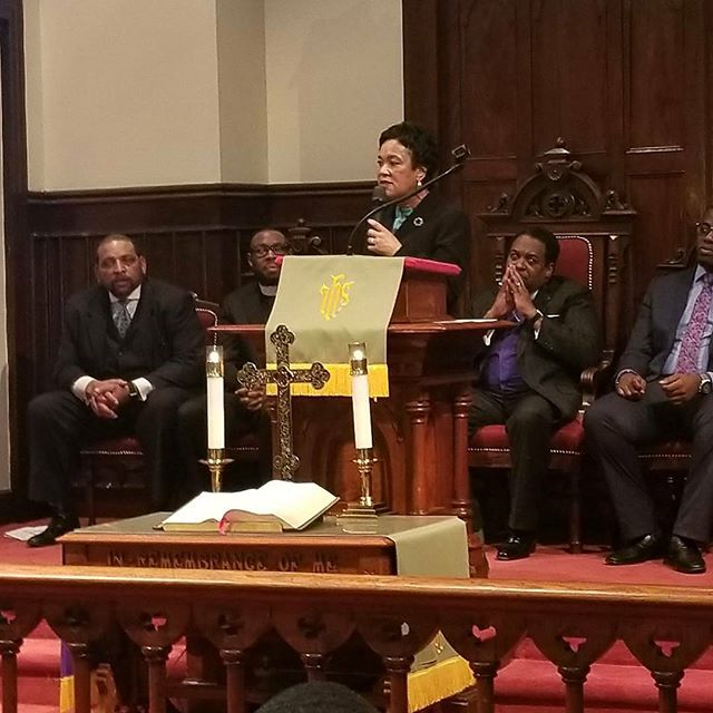 Mayor Toni Harp wrapped up the night to attend unity serviced @ Varick. Sponsored by Unite HERE, New Haven Rising and New Haven Clergy Association.