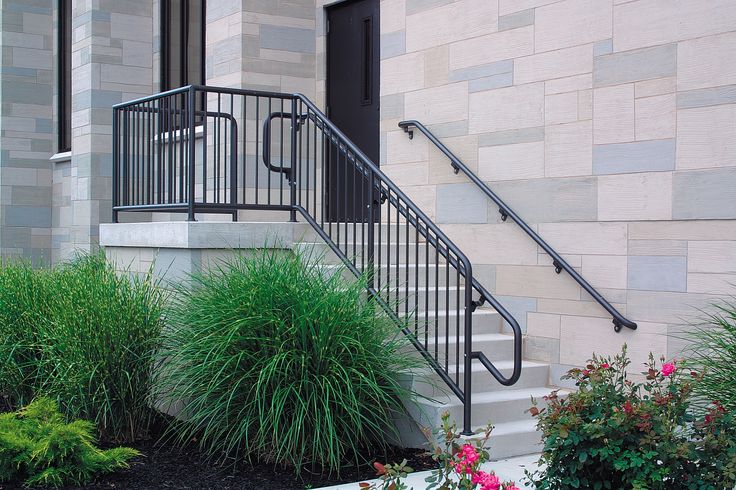 Superior Aluminum Institutional Pipe railing.jpg
