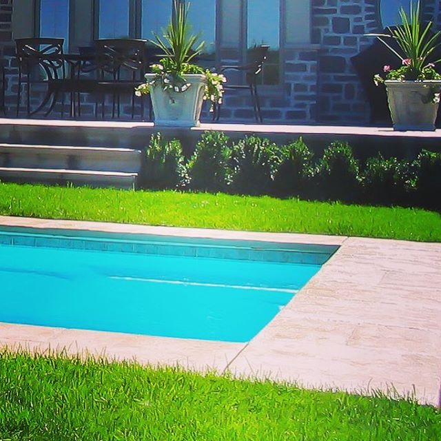 How's your Summer Going?. . . #exteriors #summer #sun #splash #pool #patio #spa #sanantonio #Texas #dontmesswithtexas #dontmesswithfiberglass #blue #cannonball #SouthTexas #SATX #Staycation #paradise #resort #family #familymoments #backyard #funbythepool #fun #youshouldbehere #exteriors #oasis