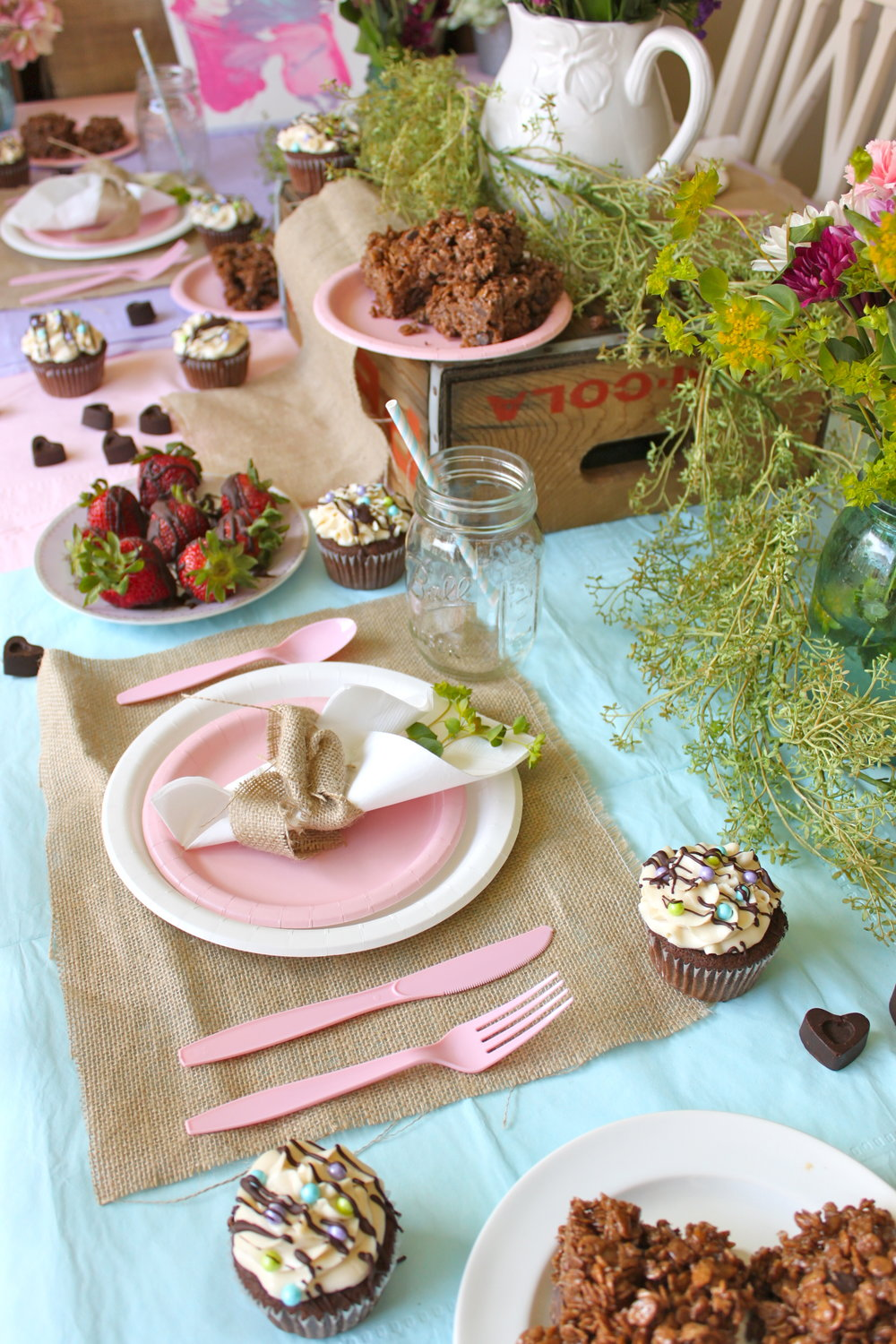 Mother's Day Menu: Just Desserts via http://thediva-dish.com