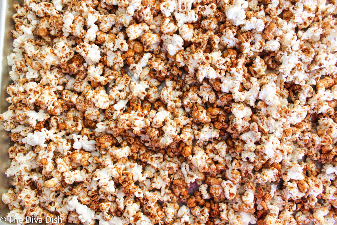 Healthy Caramel Popcorn via The Diva Dish