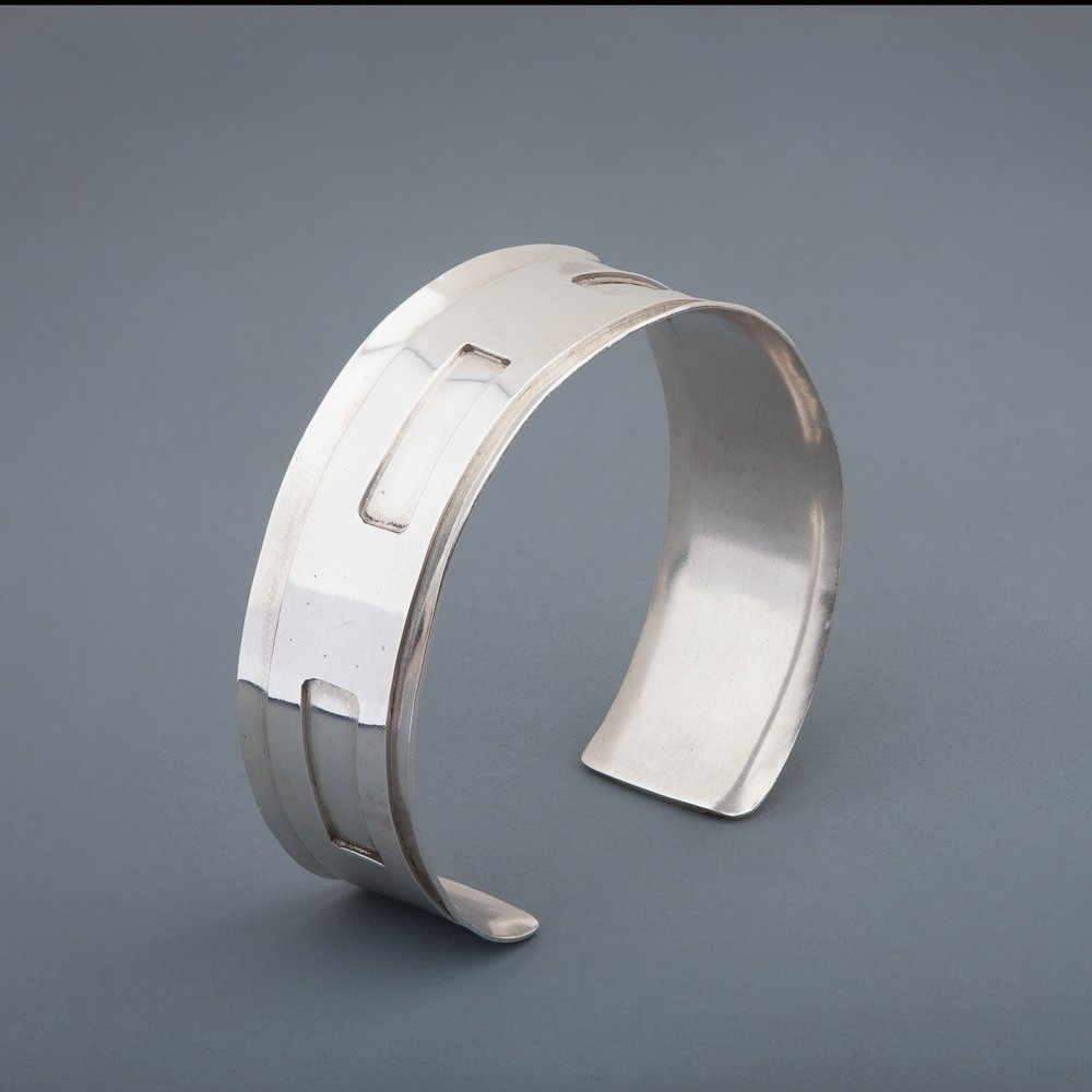 Cuff - web_gallery_photo_bracelet_silver.jpeg