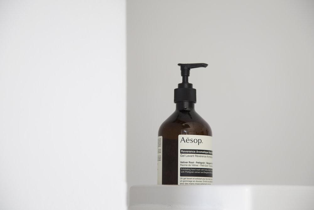 Pump handle on soap bottle. Photo by Unsplash