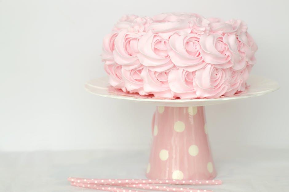 4 of the Best Wedding Cakes in Kansas City Plaza Wedding Chapel