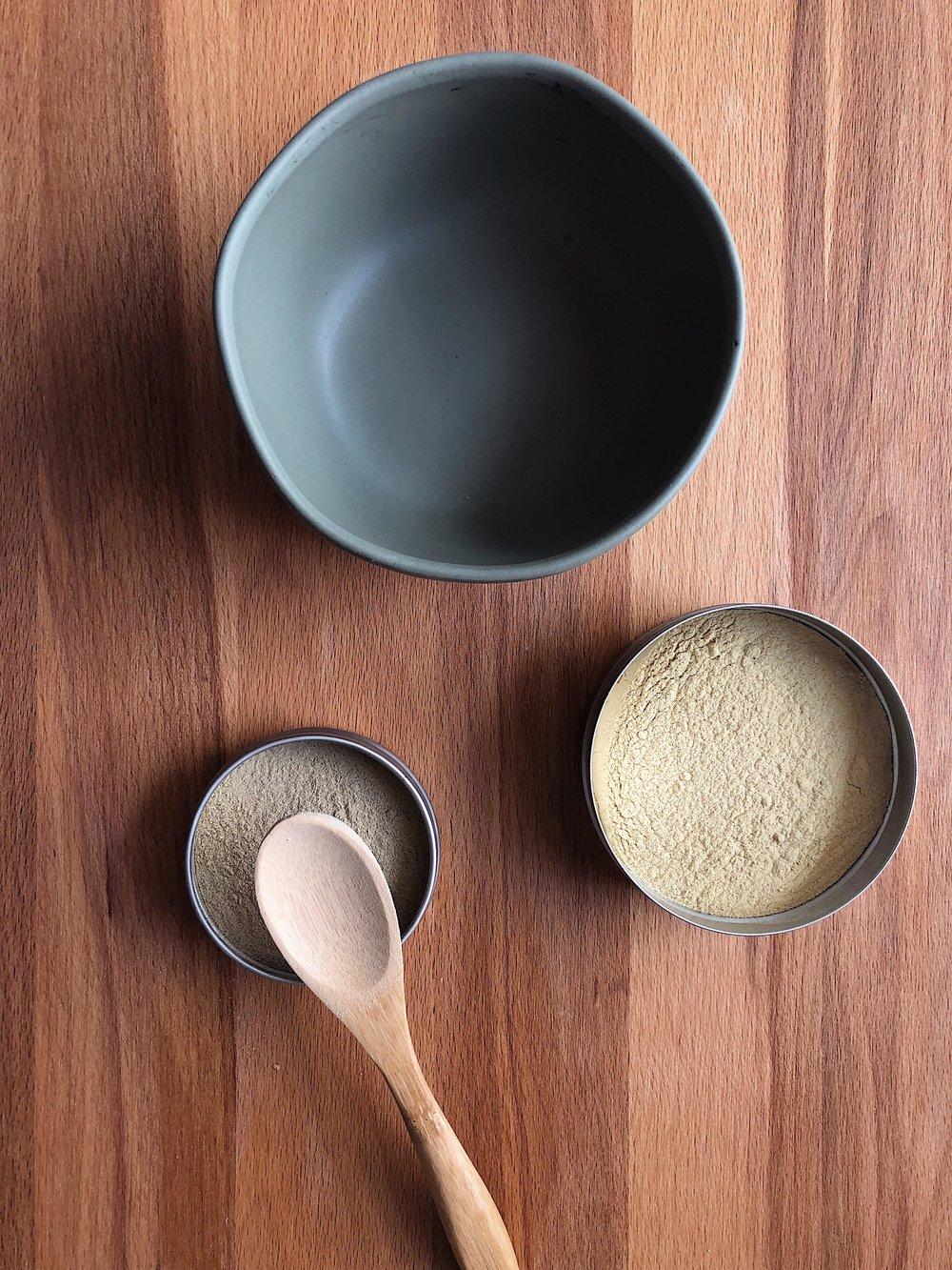 Bowl, Shatavari, Ashwagandha & Wooden Spoon