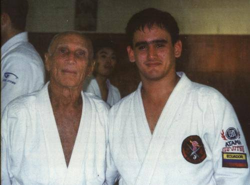 Grand Master Helio Gracie and Juan Pablo Garcia.jpg
