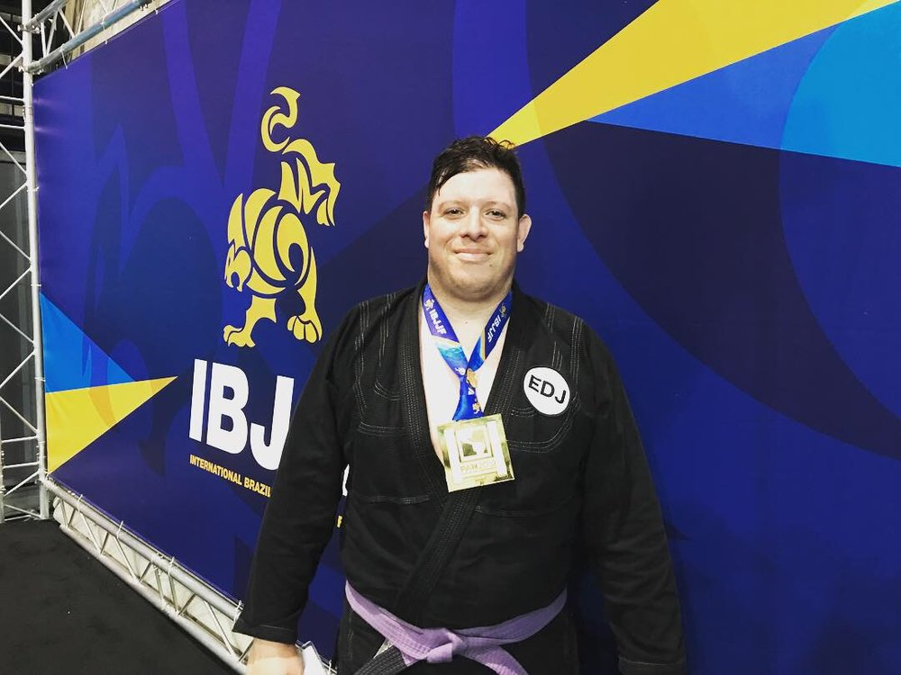 Alex Forero Gold in the division
