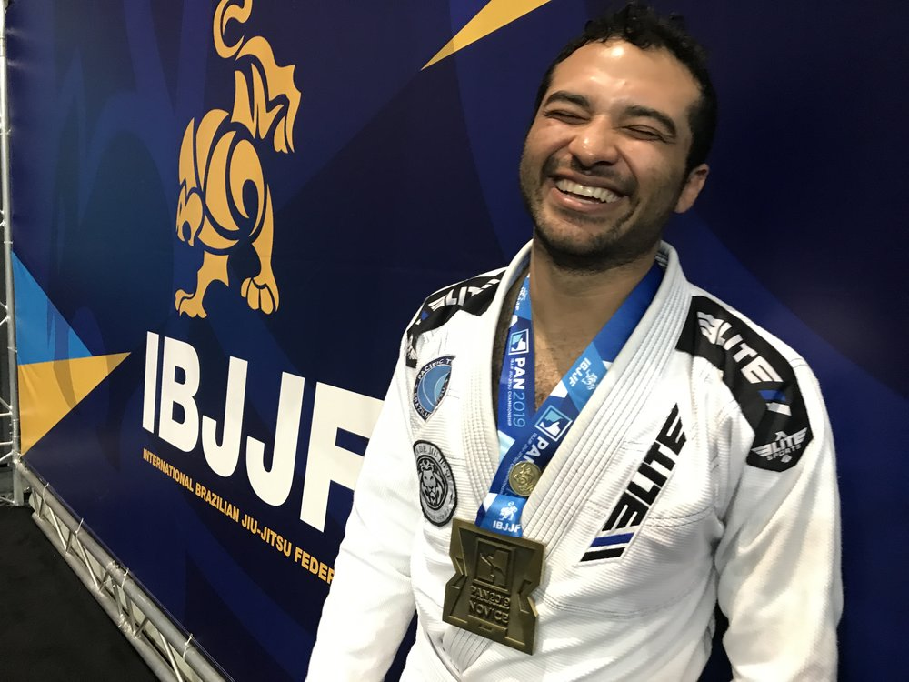 Benjamin (Nicaragua) Bronze on the division