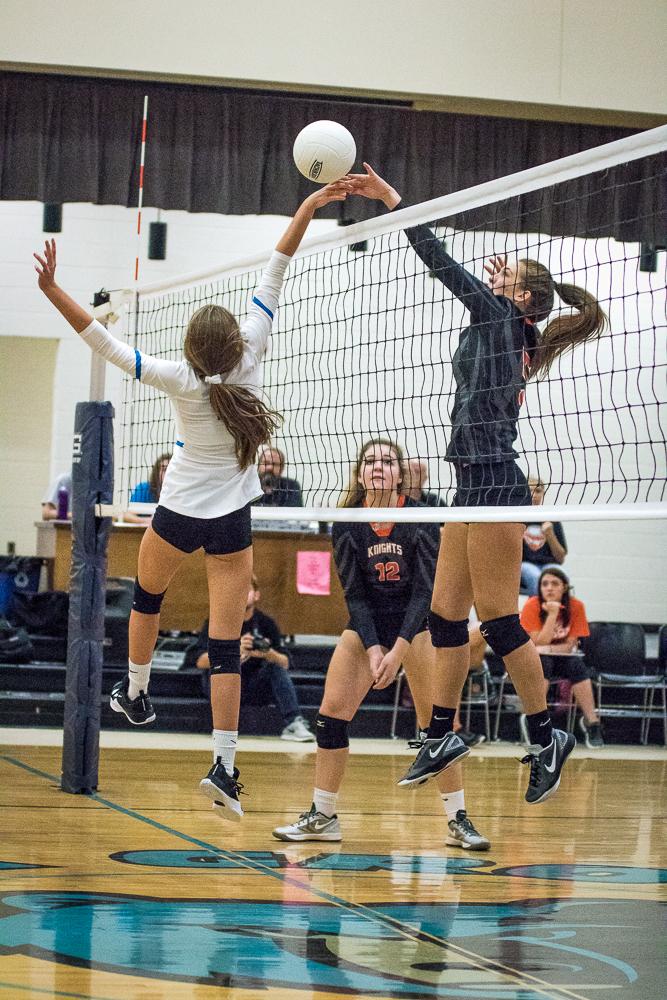 Volleyball Oak Grove v ND Web-8.jpg
