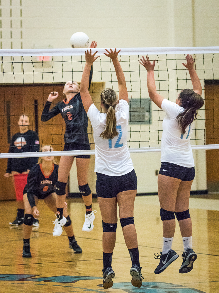 Volleyball Oak Grove v ND Web-36.jpg
