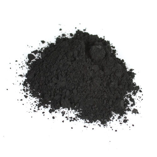 activated charcoal Activated charcoal draws bacteria, chemicals, dirt and other micro-particles to the surface of your skin, reducing the size of your pores. It is known to balance out oily skin and fight blemishes. - Used in : Clay charcoal + coffee face mask.