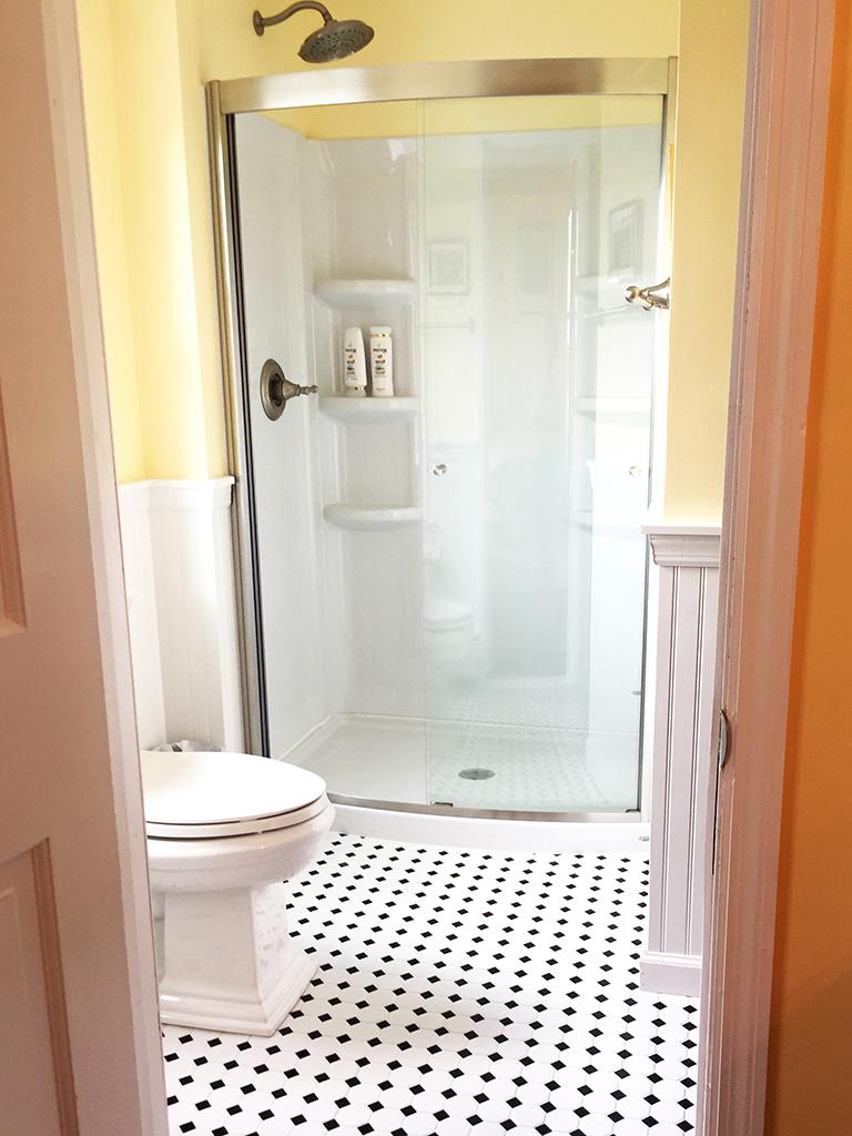 bed3_bathroom.jpg