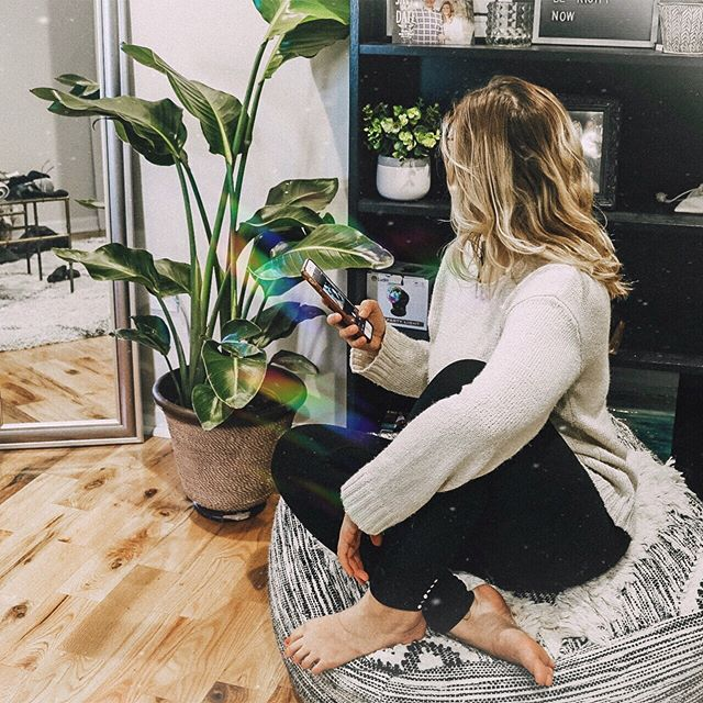 Just a girl straight up googling how to keep her plants alive 🌱⚠️