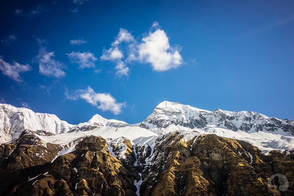 Annapurna South nhìn từ Base Camp. Chụp bởi Giang.