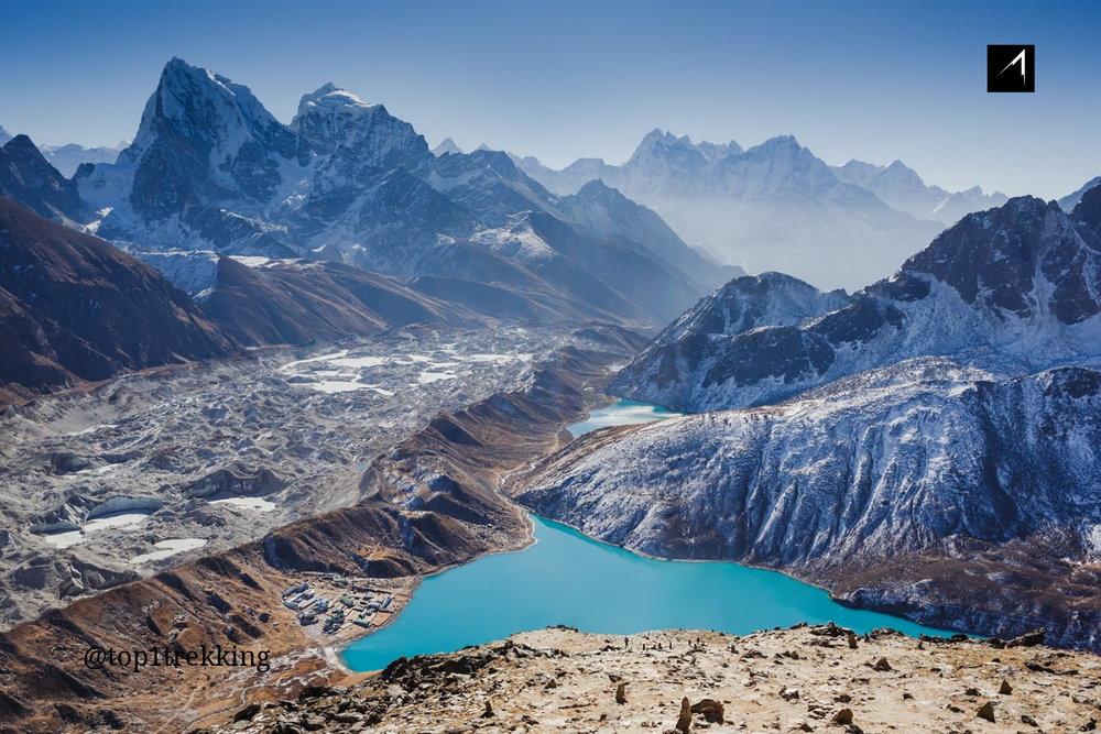 Heart-stopping view of the stunning Gokyo Lakes and Ngozumba Glacier
