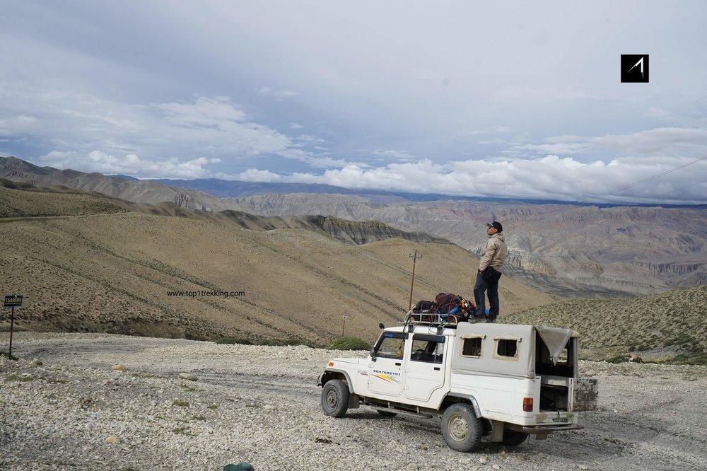 Trên chuyến xe Jeep quay trở lại Jomsom
