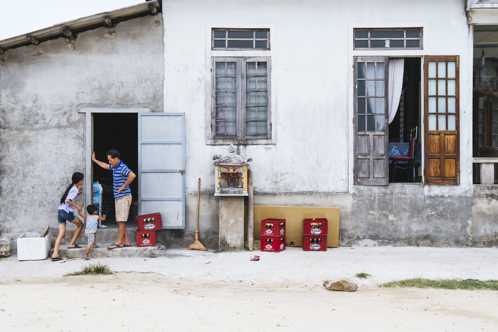 Vietnam-Village-scene