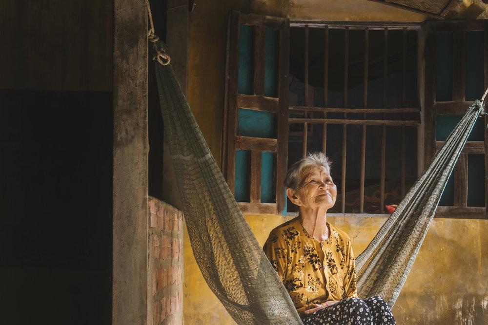Vietnam-village-hammock