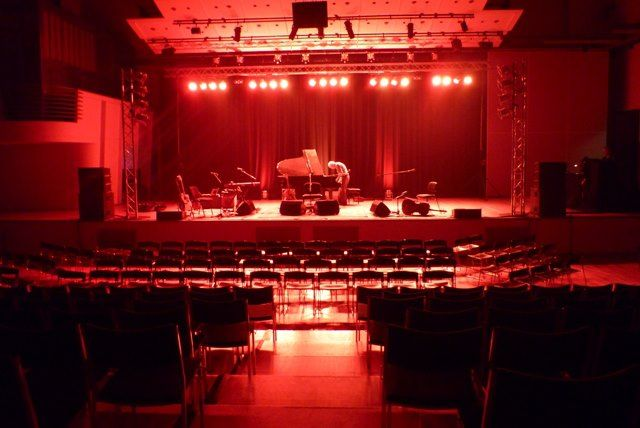 Concert-hall-red.jpg