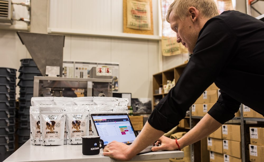 Order Fulfilment - Warehouse management, integrated online sales, time scheduling and accounting — all from a secure cloud-based coffee roasting software.